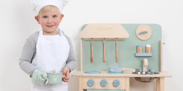 Houten speelgoedkeukentje van Little Dutch