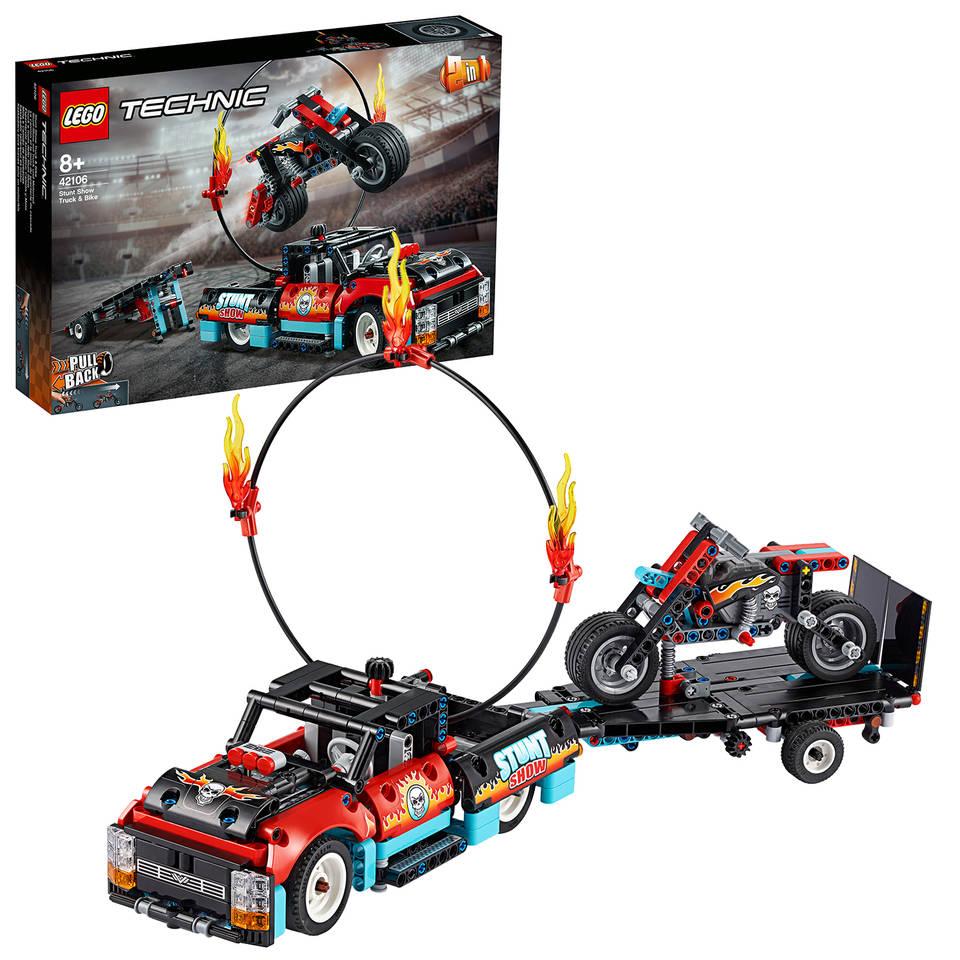 LEGO Technic truck en motor voor stuntshow 42106