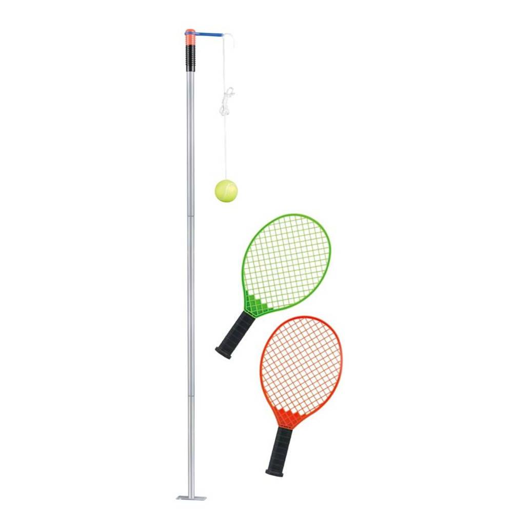 Tennis trainer met 2 rackets