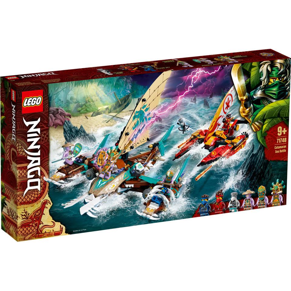LEGO Ninjago Catamaran zeeslag 71748