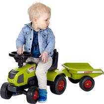 - Tractor Claas Axos met Trailer