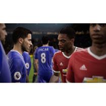 - Xbox One FIFA 17 -