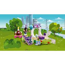 LEGO 10748 EMMA'S HUISDIERENFEESTJE