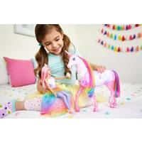BARBIE DREAMTOPIA EENHOORN MET POP