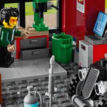 LEGO CITY 60258 TUNINGWORKSHOP