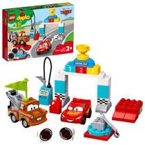 LEGO 10924 LIGHTNING MCQUEEN'S RACE DAY