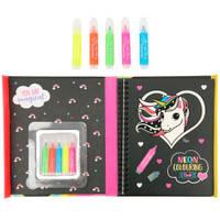 Ylvi & the Minimoomis kleurboek met magic stiften