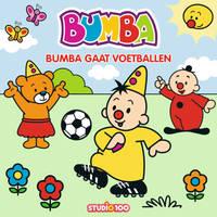 Bumba kartonboek Bumba gaat voetballen