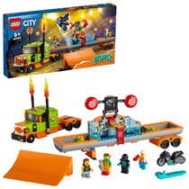 LEGO City stunt show truck 60294