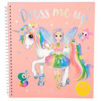 Ylvi & the Minimoomis Dress Me Up stickerboek